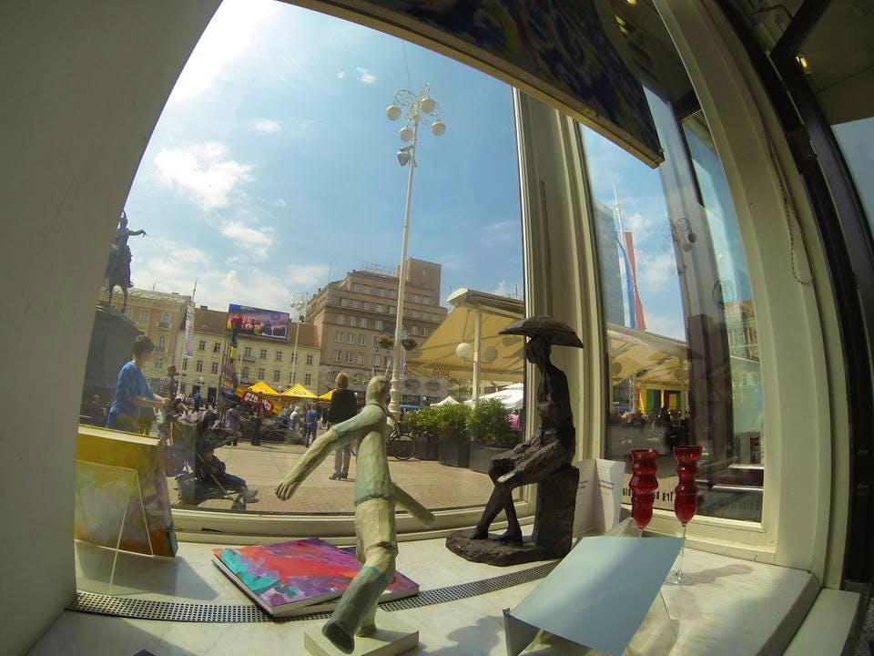 galerija mala, gallery, art, exhibition, ban jelacic square, sotheby's