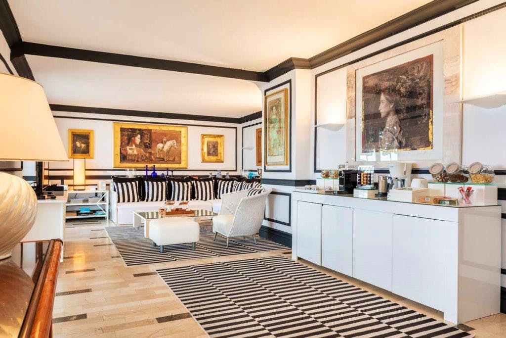 luxury rental market