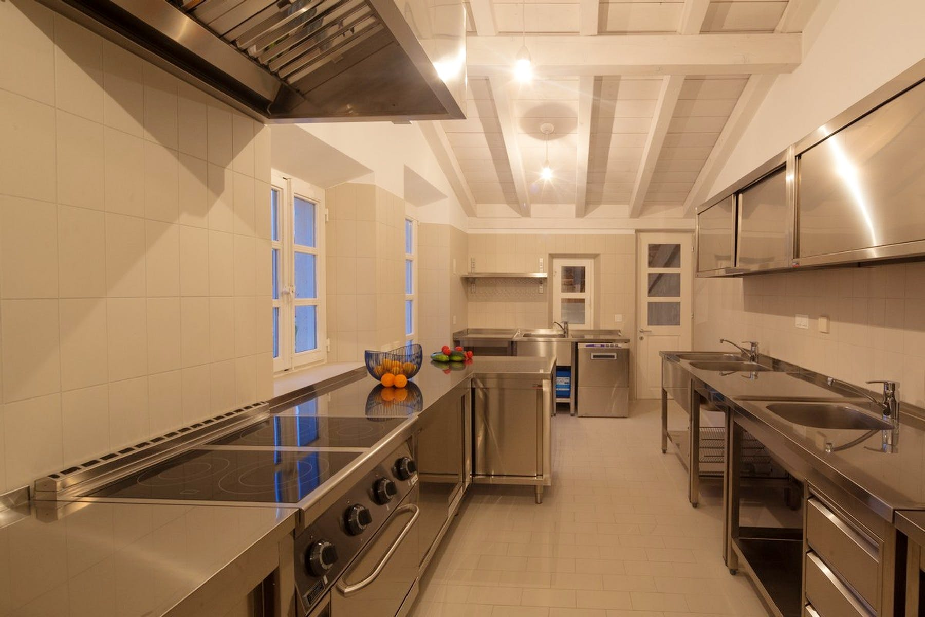 Fully-fitted professional kitchen and open-air barbecue