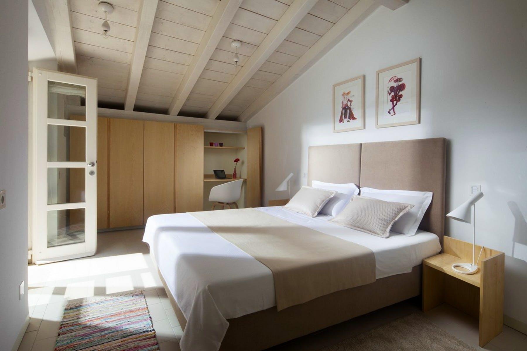 Double bedroom boasting wooden details