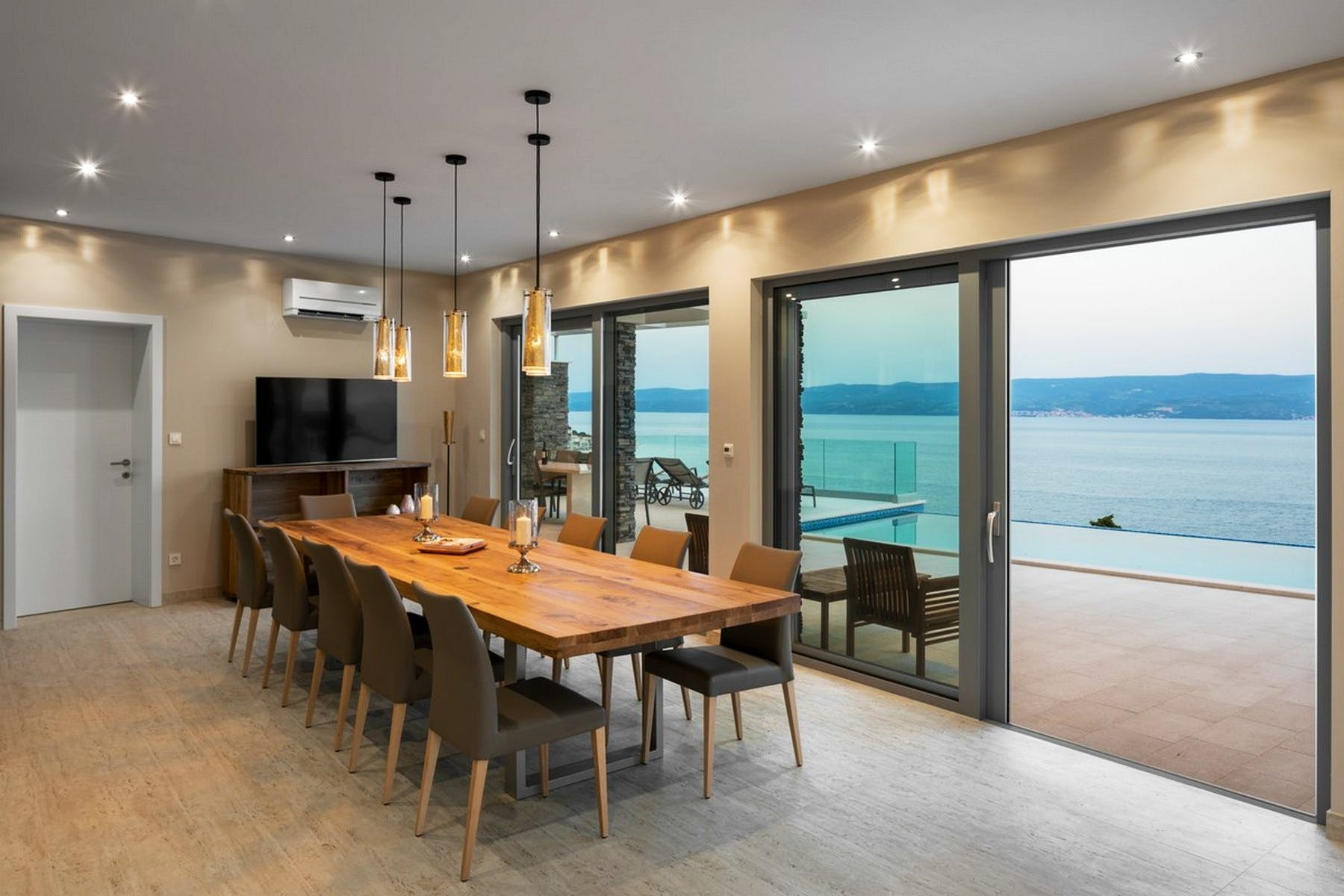 Dining room with a sea view