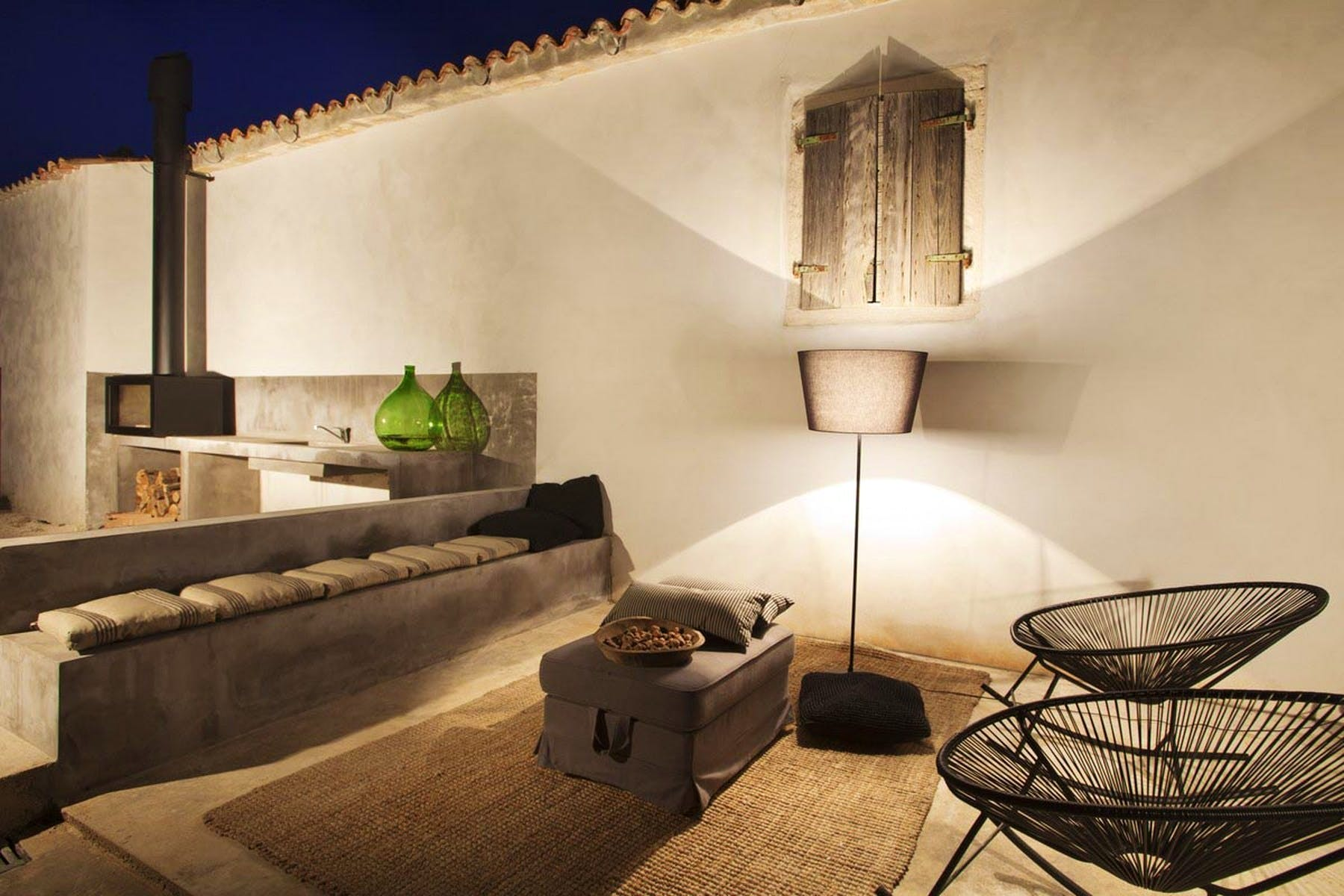 Sitting area by night