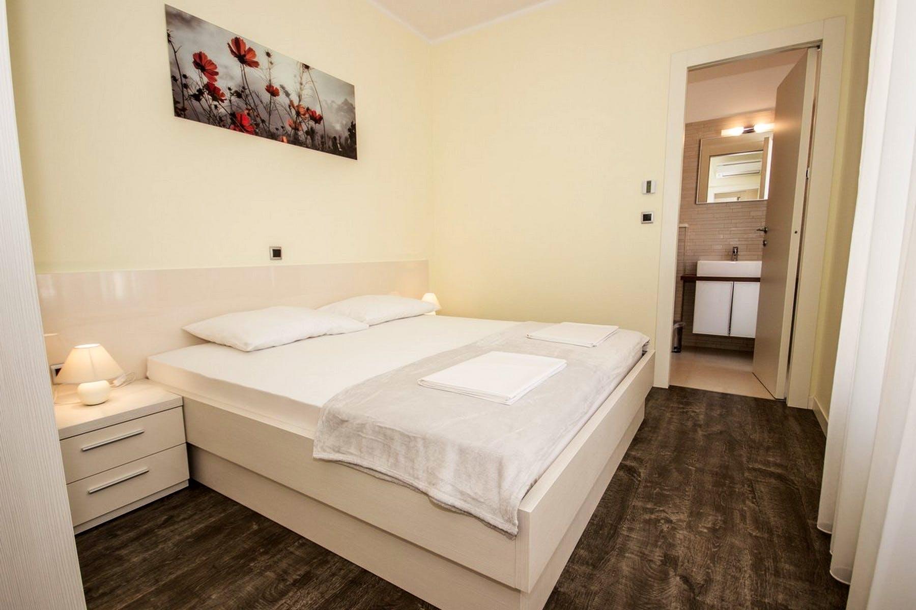 Comfortable double bedroom with en-suite bathroom