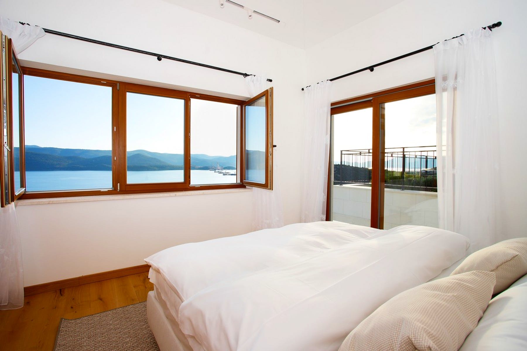 Seaview from the double bedroom
