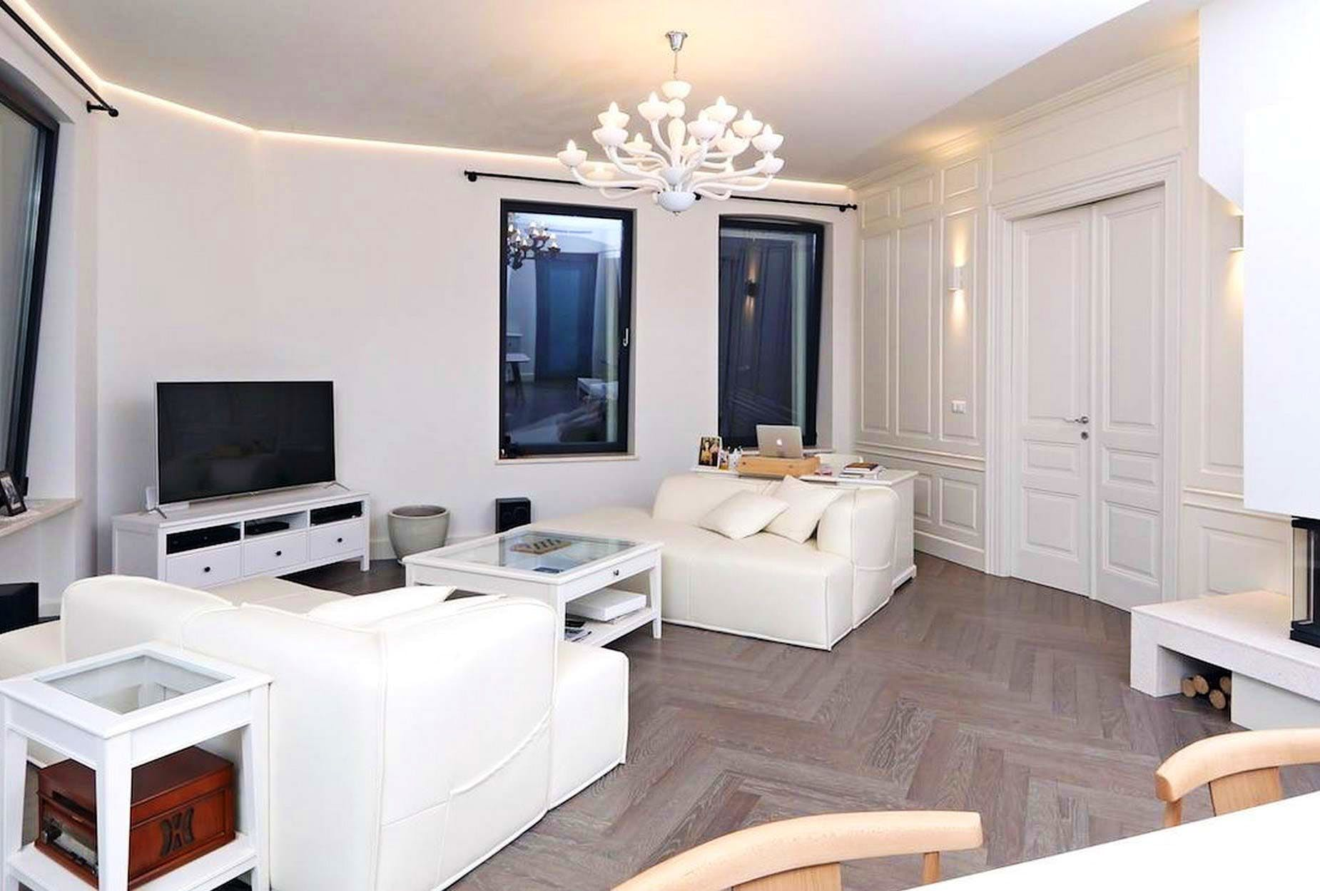 Living space dominated by white color