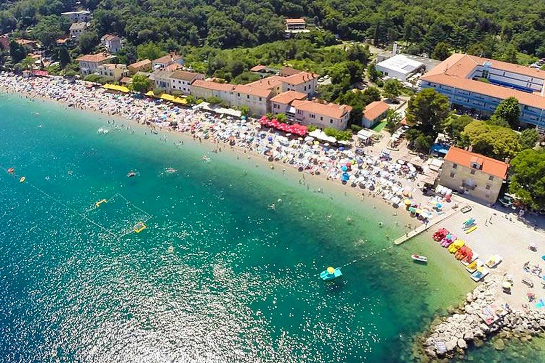 Beautifull beaches in the area