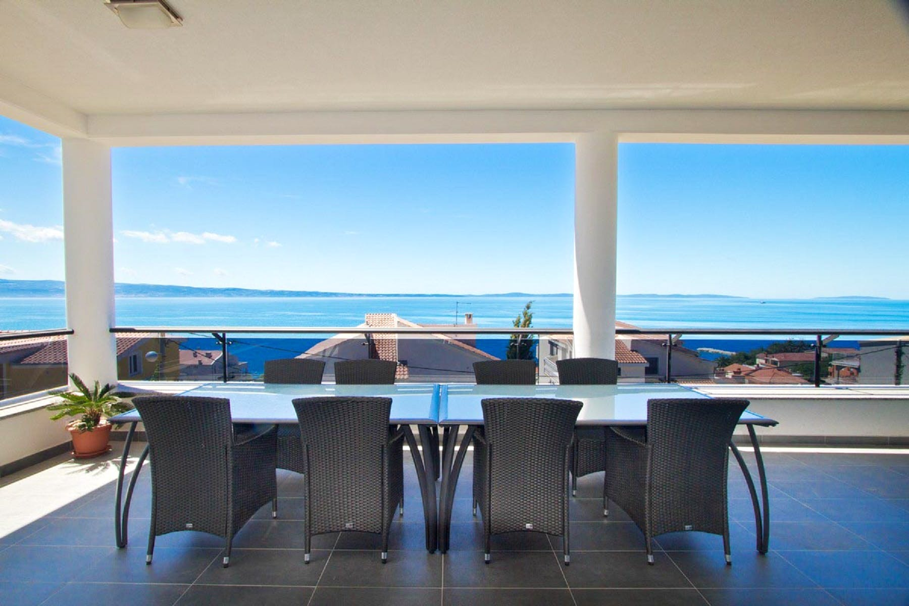 Outdoor lounge area with seaview