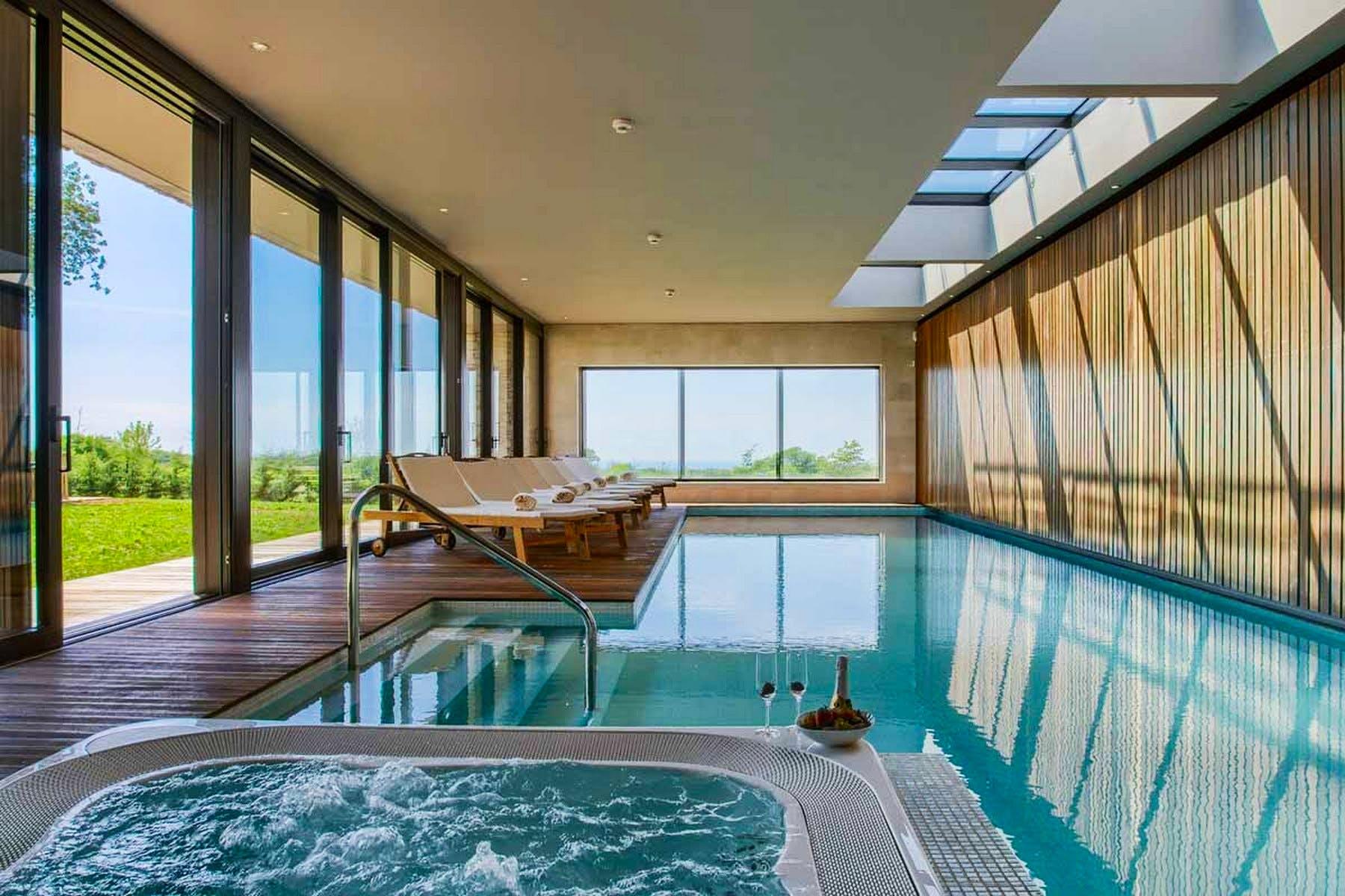18-meter pool