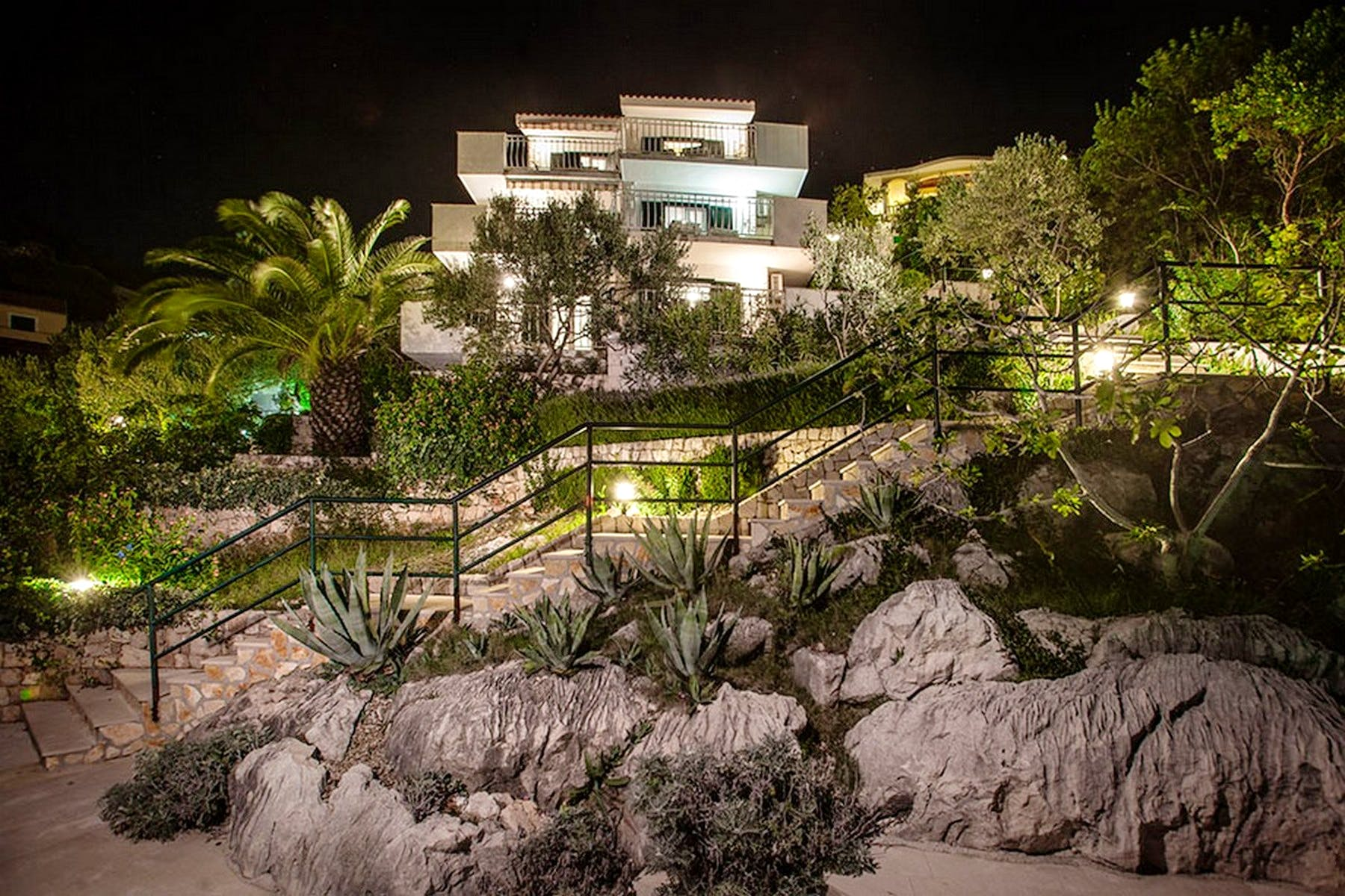 Amazing view of the villa by night