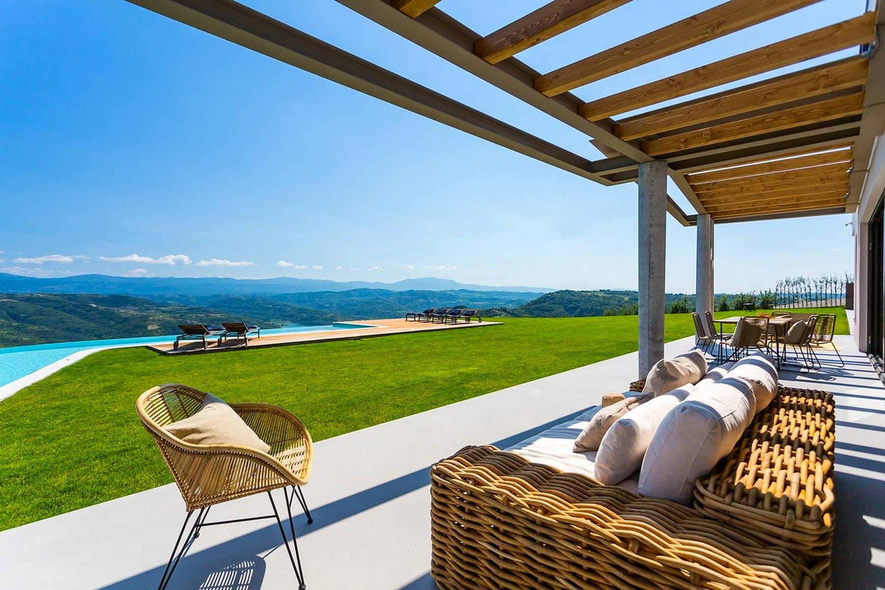 Prekrasan pogled s terase