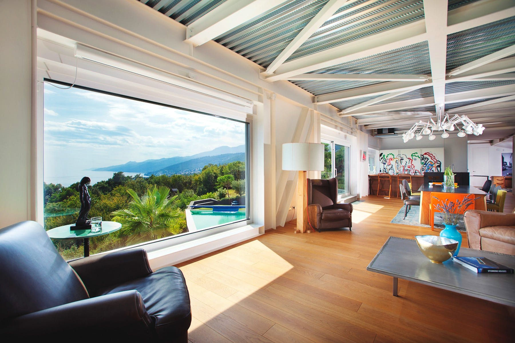 Living room with a seaview