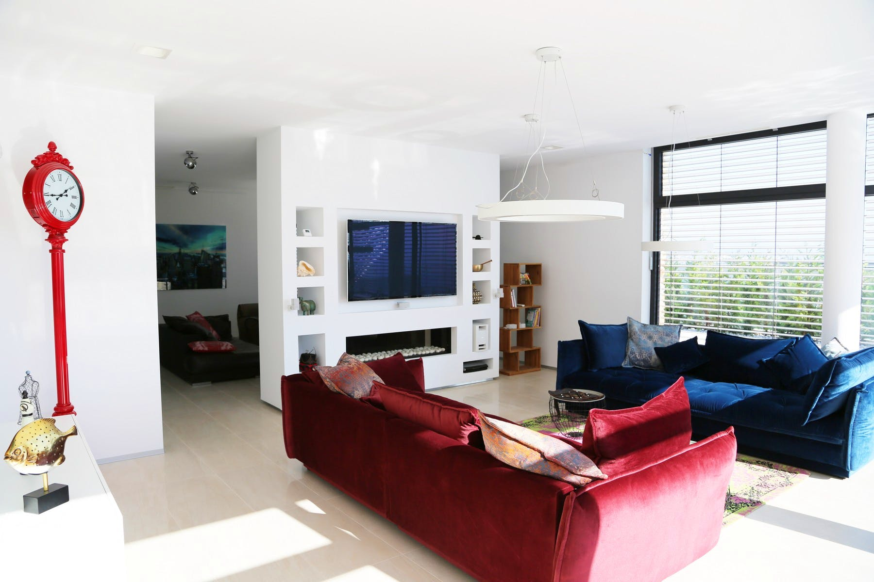 Sitting area with a TV
