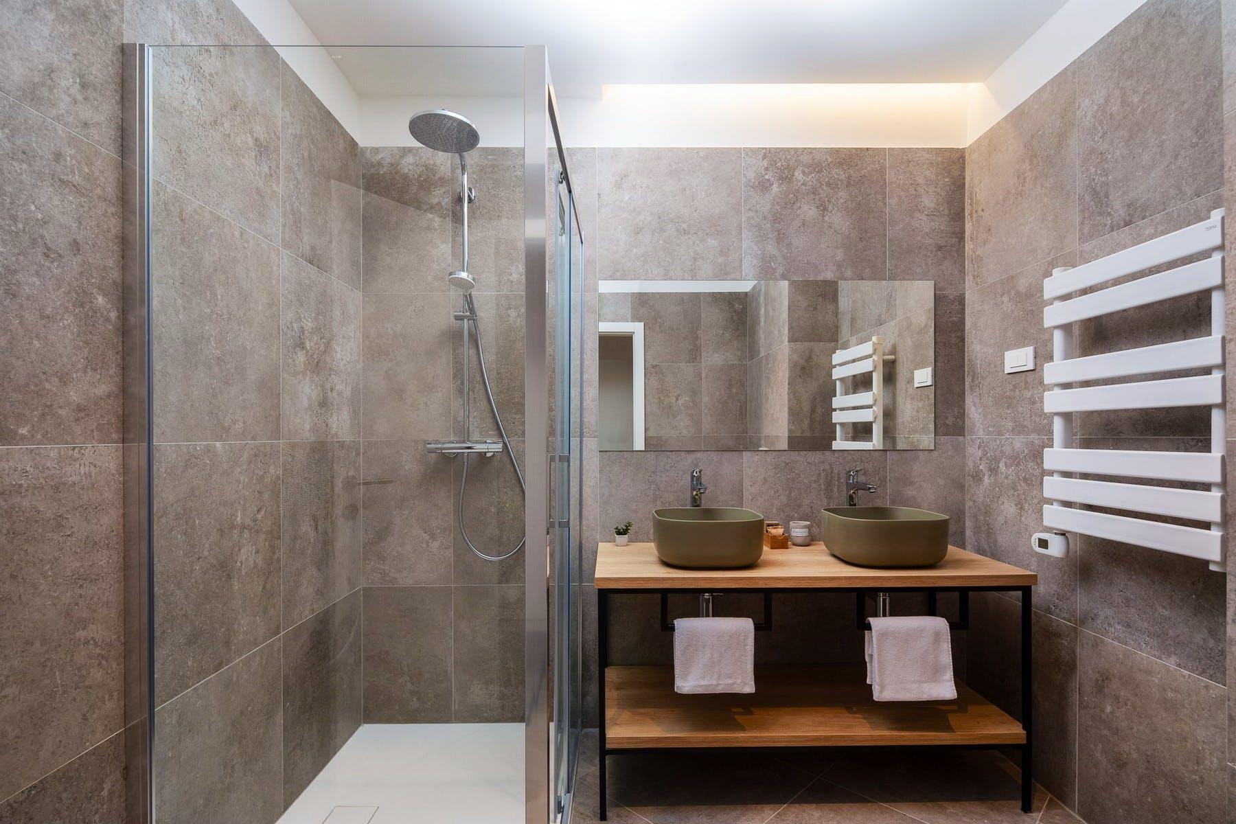 Dvostruki umivaonik