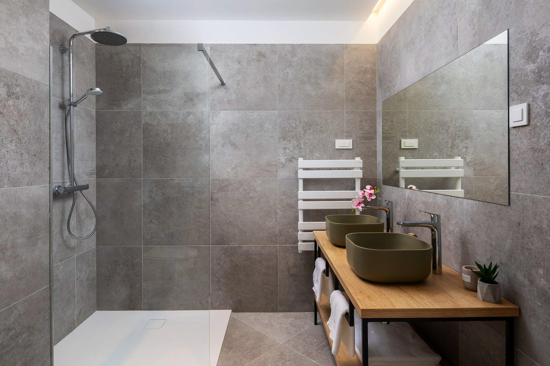 Potpuno uređena kupaonica