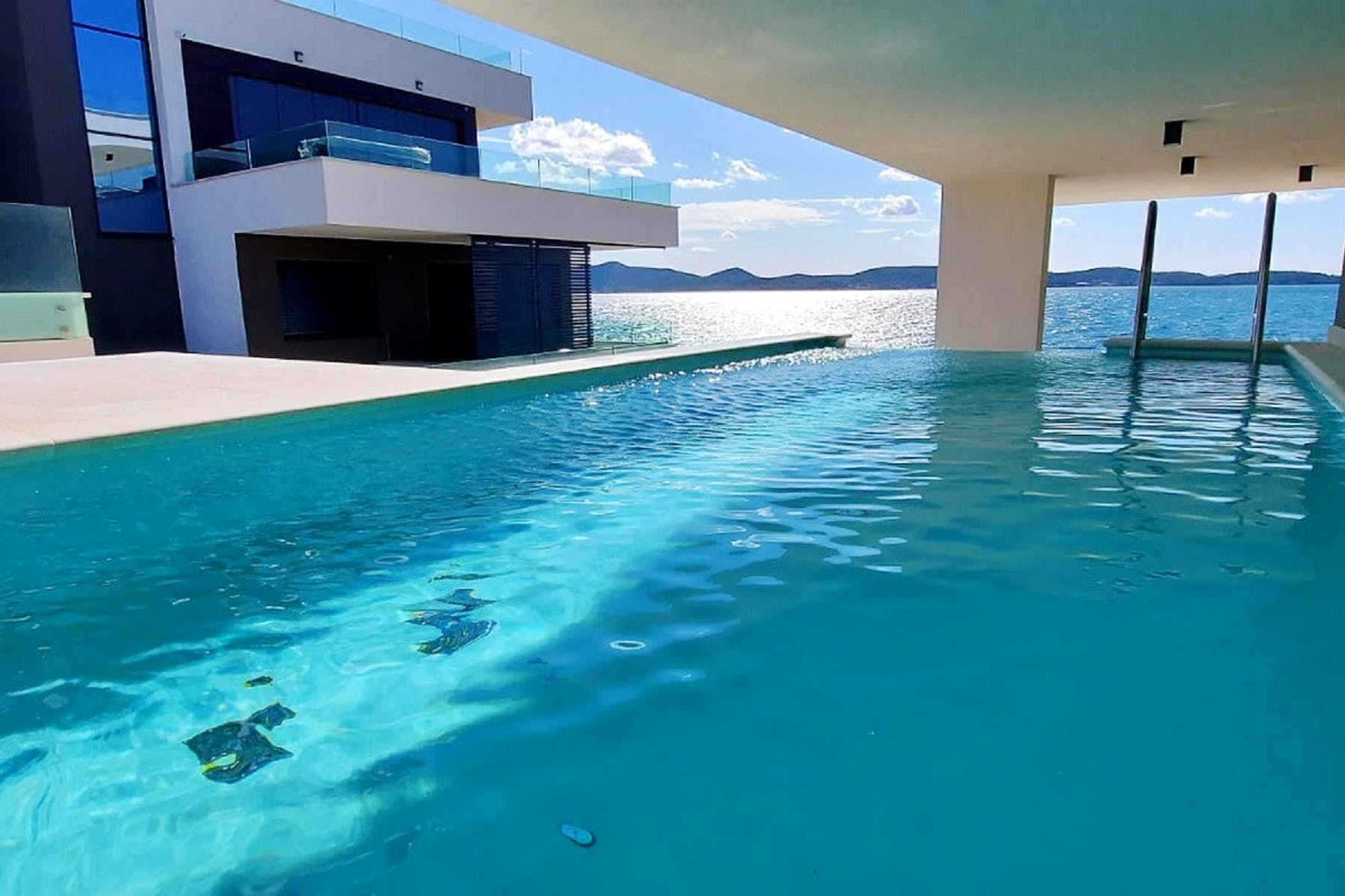 Private pool of one of the apartments