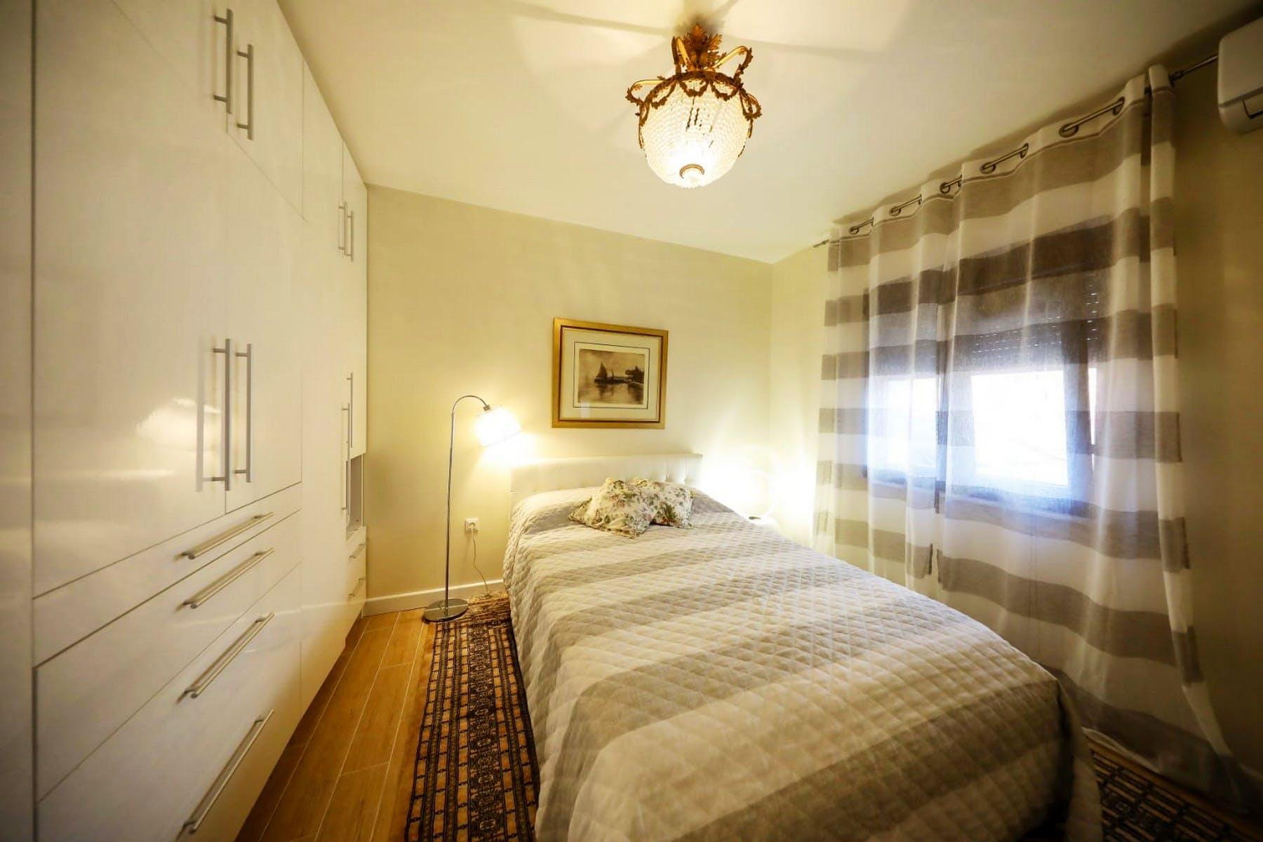 Prekrasna jednokrevetna soba