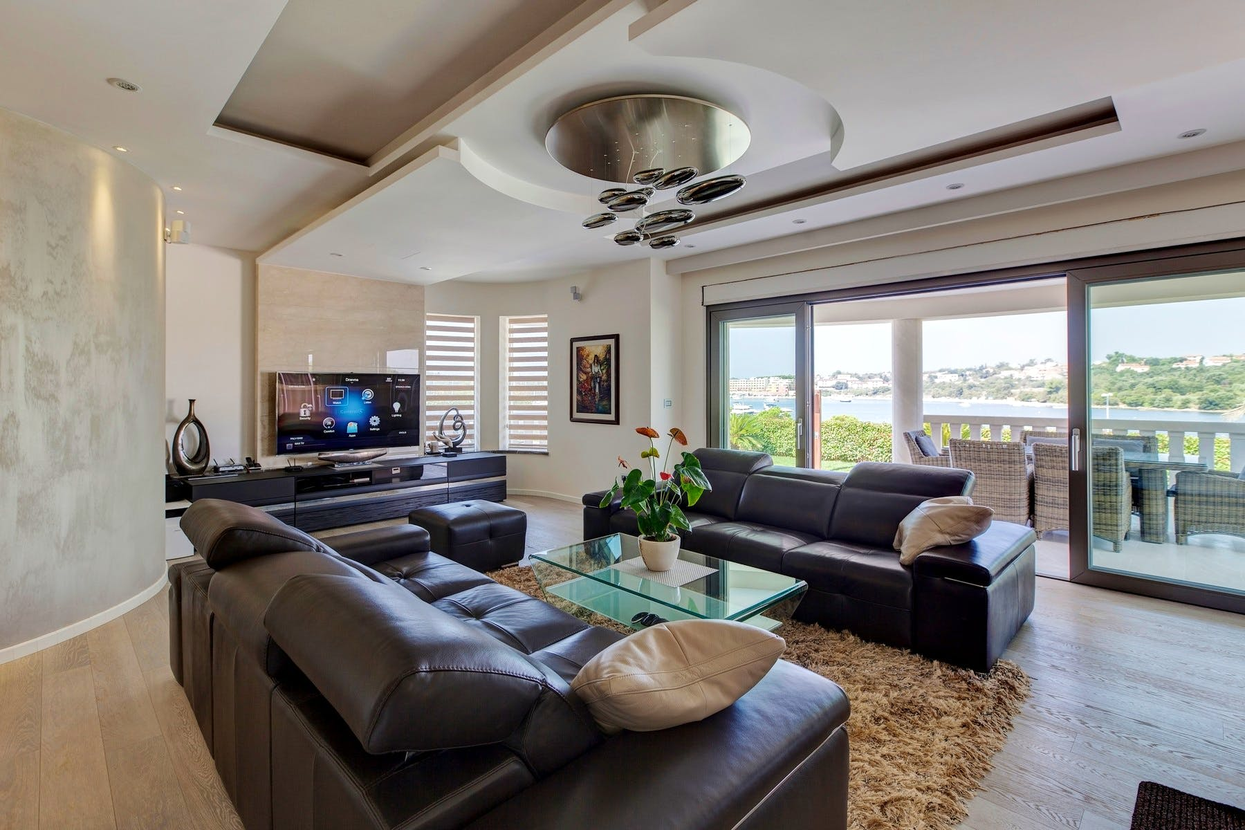 Comfortable living room with sea view