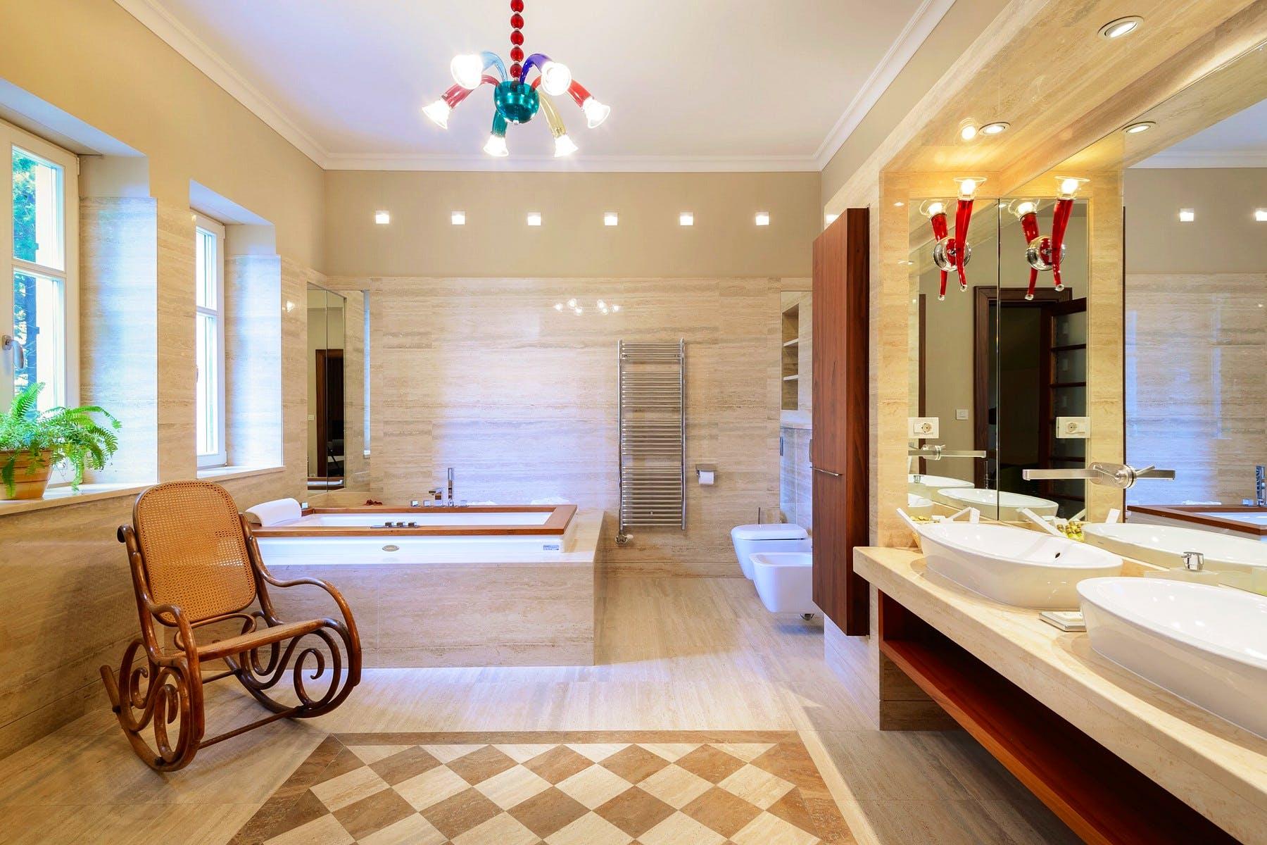 Izvanredna kupaonica u vili
