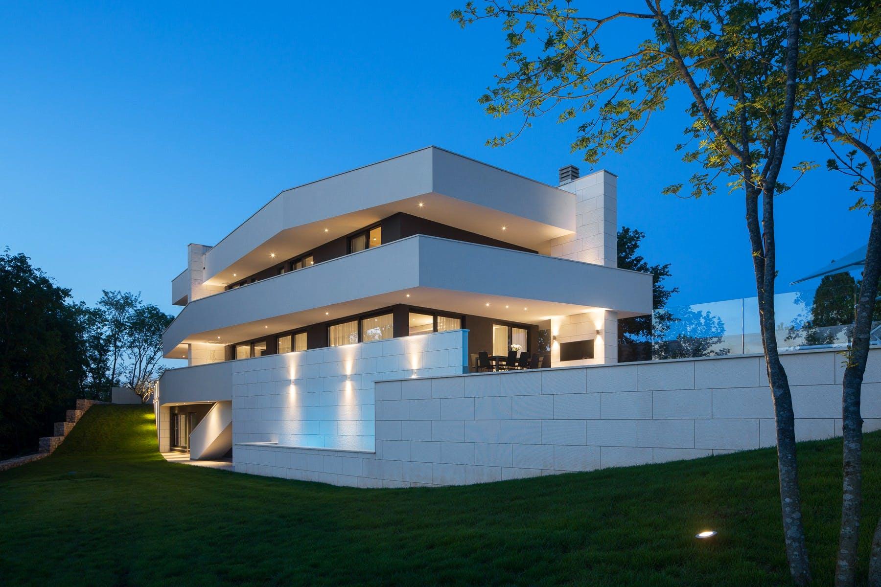 Appealing exterior design of the villa
