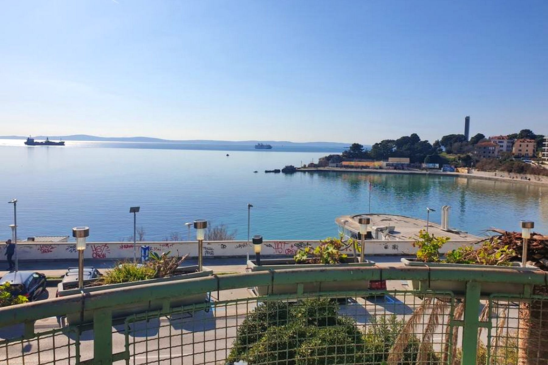 Prostrani apartman sa pogledom na more u Splitu