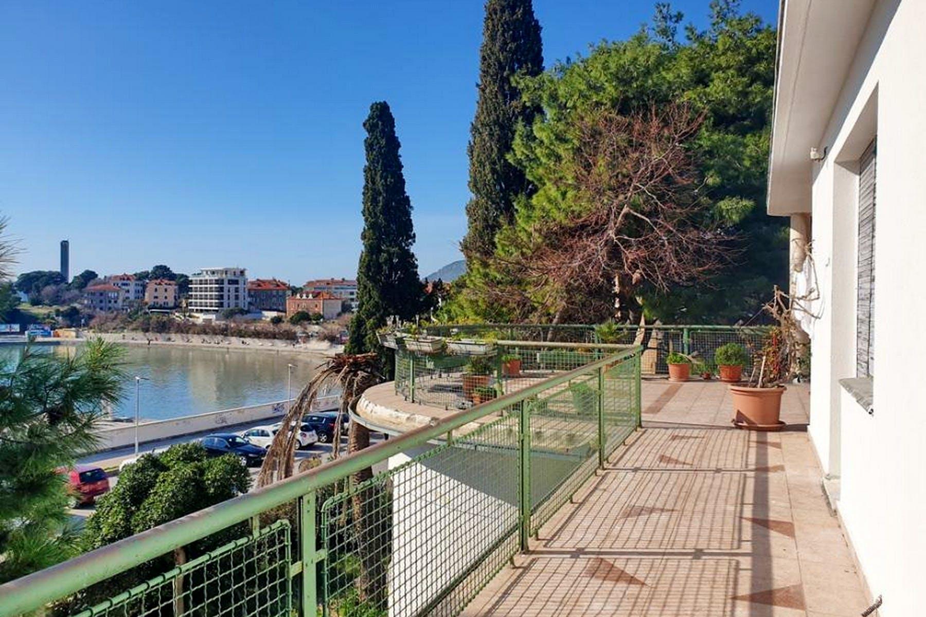 Seafront apartment in Split
