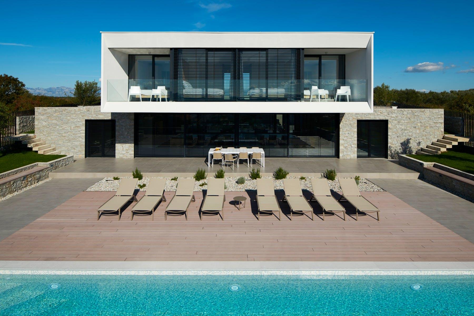 Modern villa in Zadar for sale