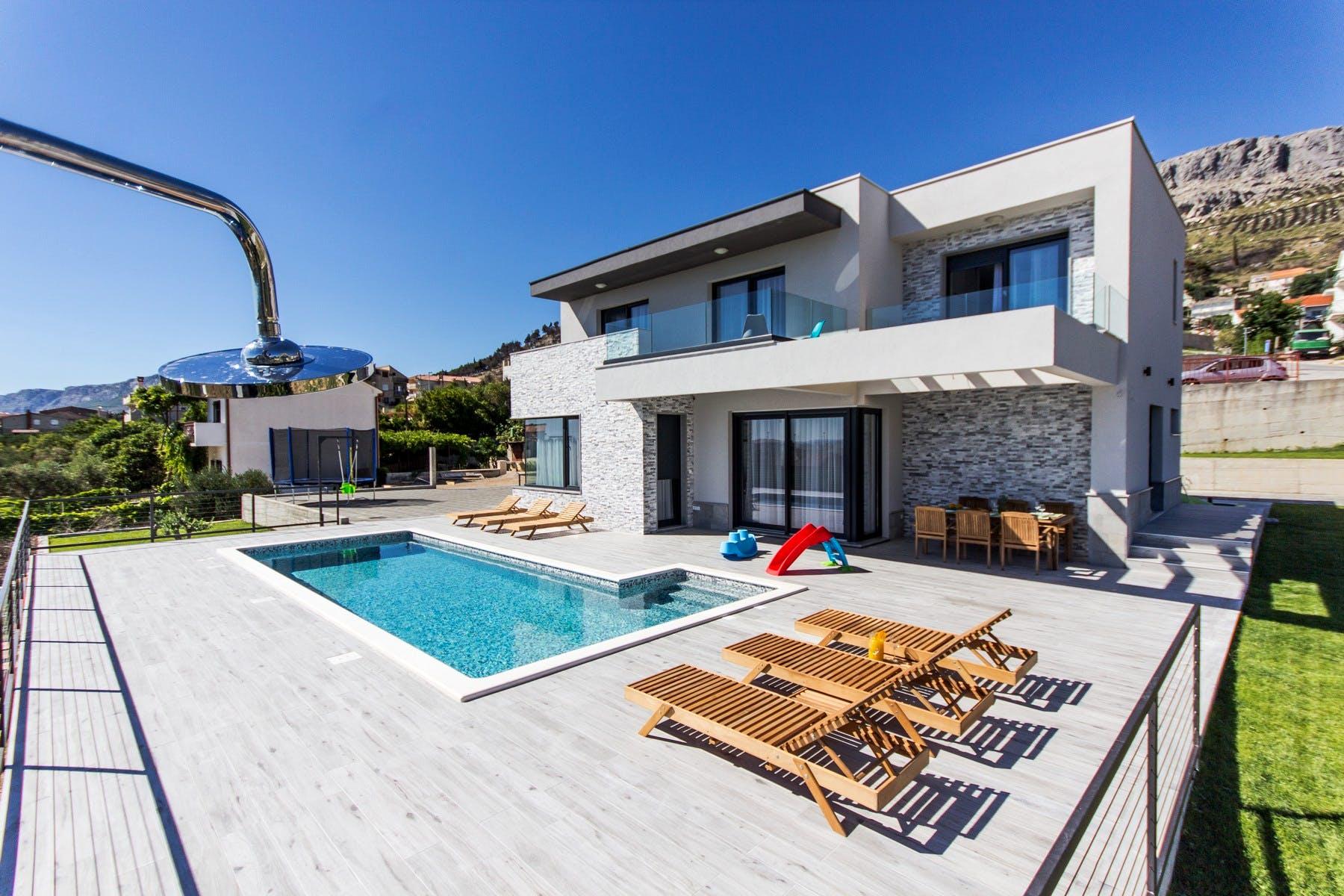 Modern villa near Split for sale