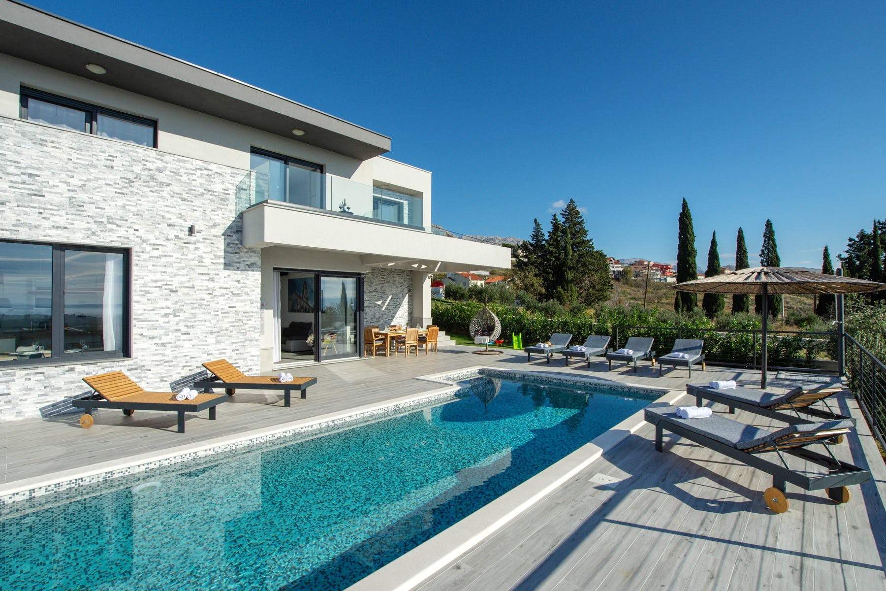 Contemporary villa with swimming pool in proximity to Split