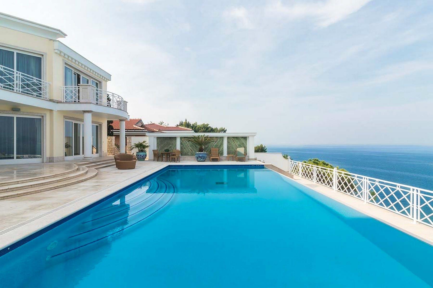 Prodaje se vila uz more u Istri