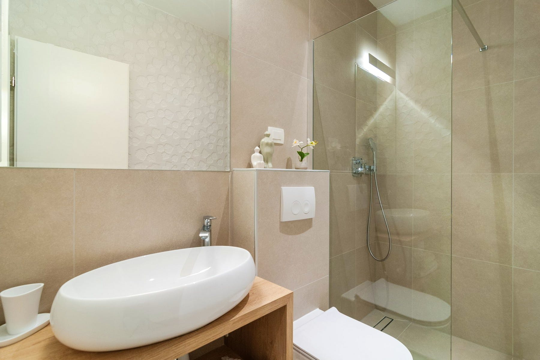 Prostrana i moderna kupaonica