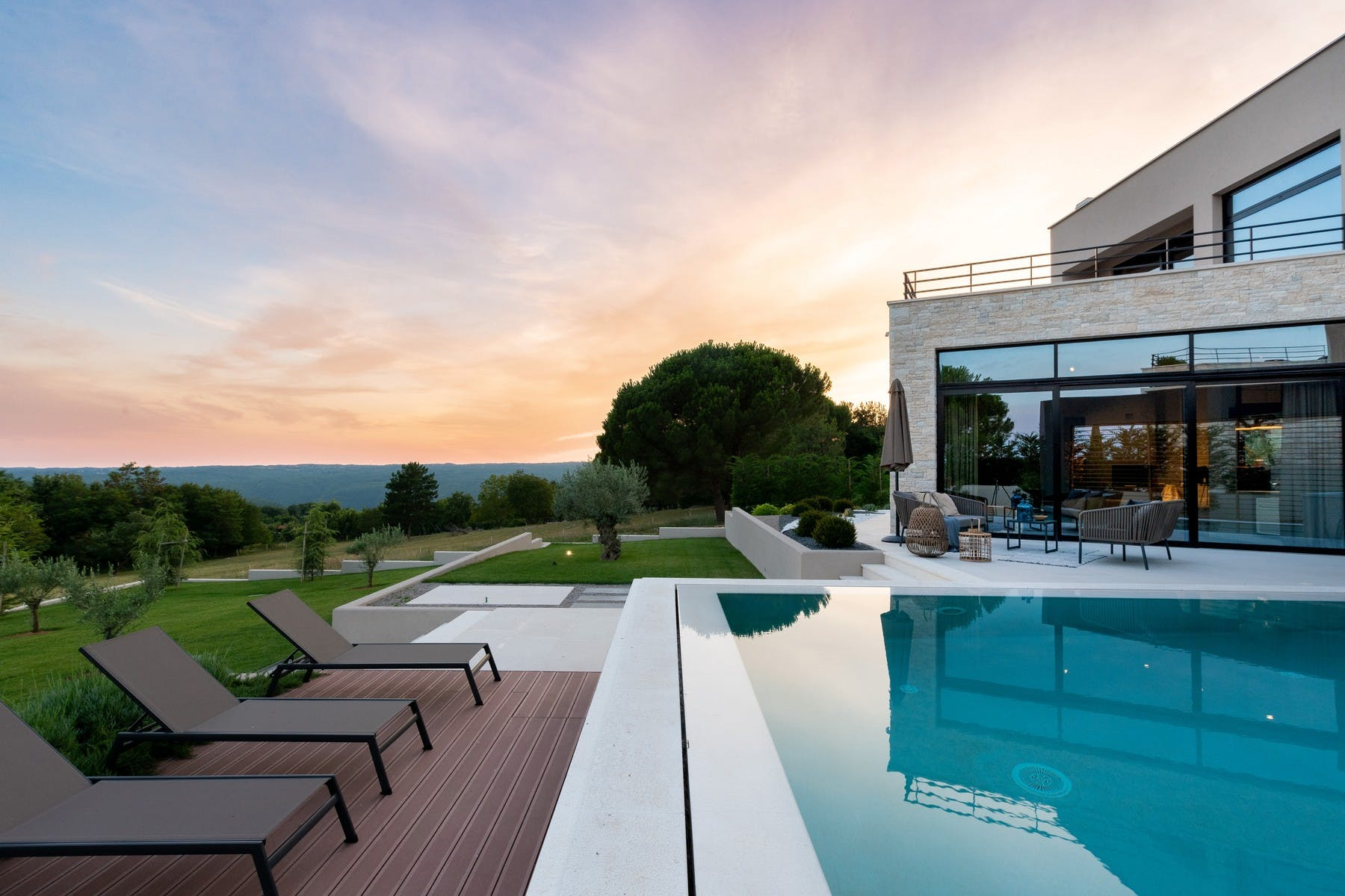 Newly built modern villas with swimming pool in Istria for sale
