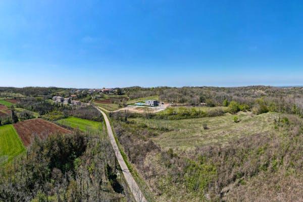 Attractive plot for sale in Istria