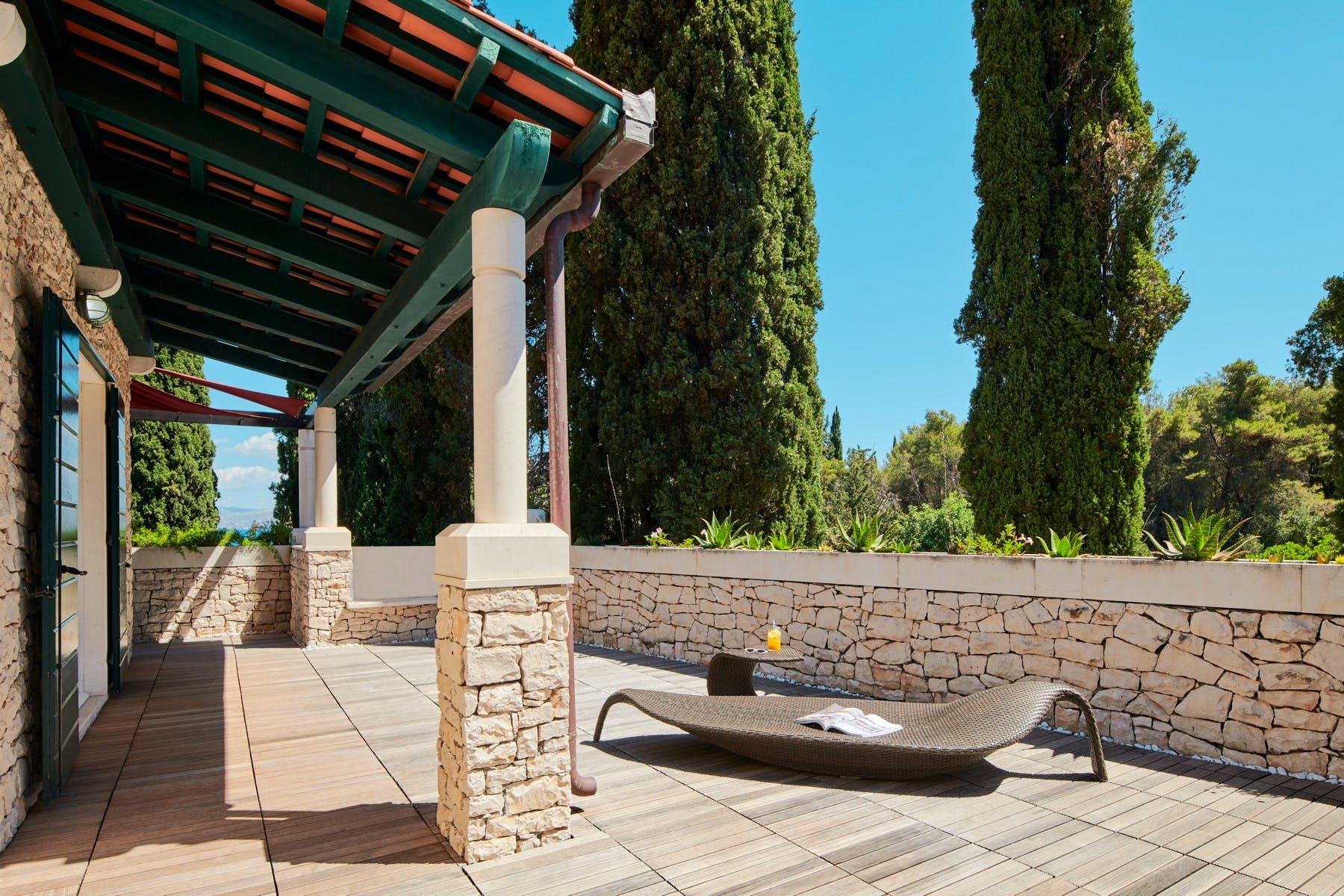 Sunbathed terrace area
