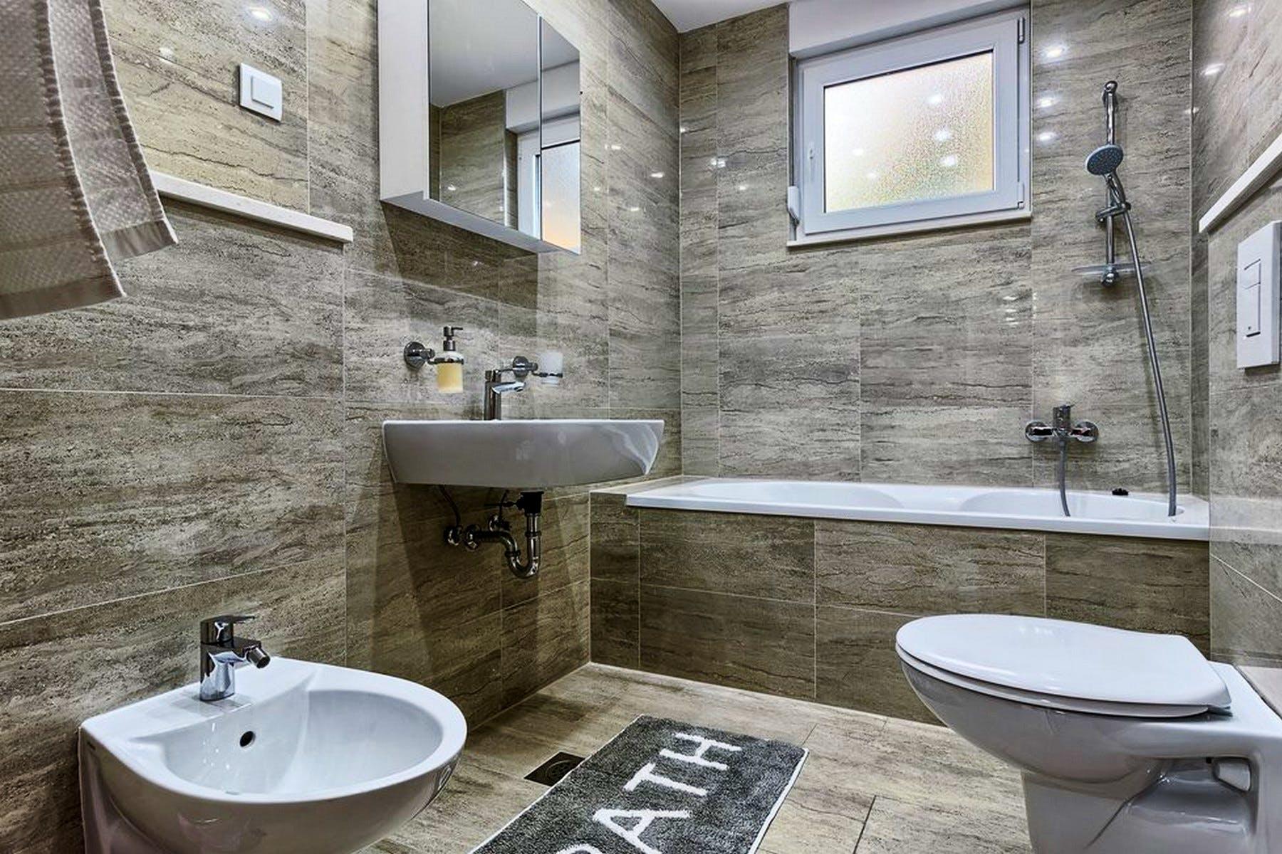 Spacious bathroom with a tub