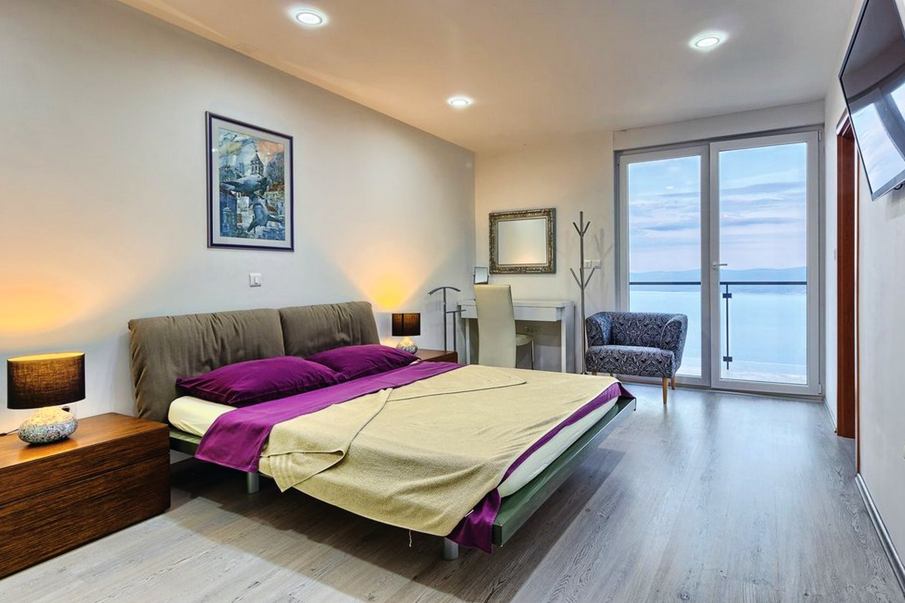 Comfortable bedroom with sea view