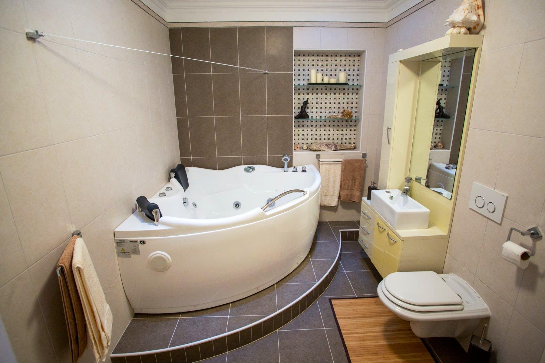 Spacious bathroom with whirlpool tub