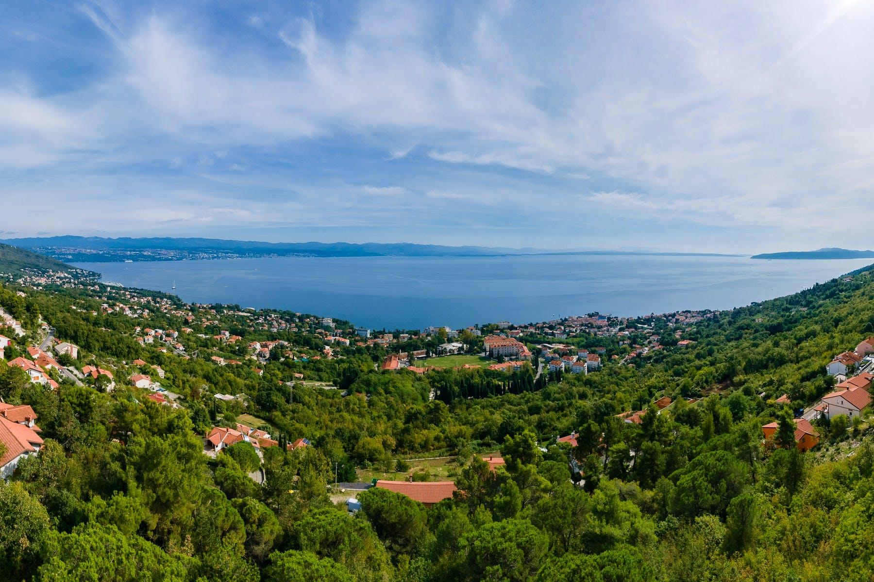 Stunning open sea view