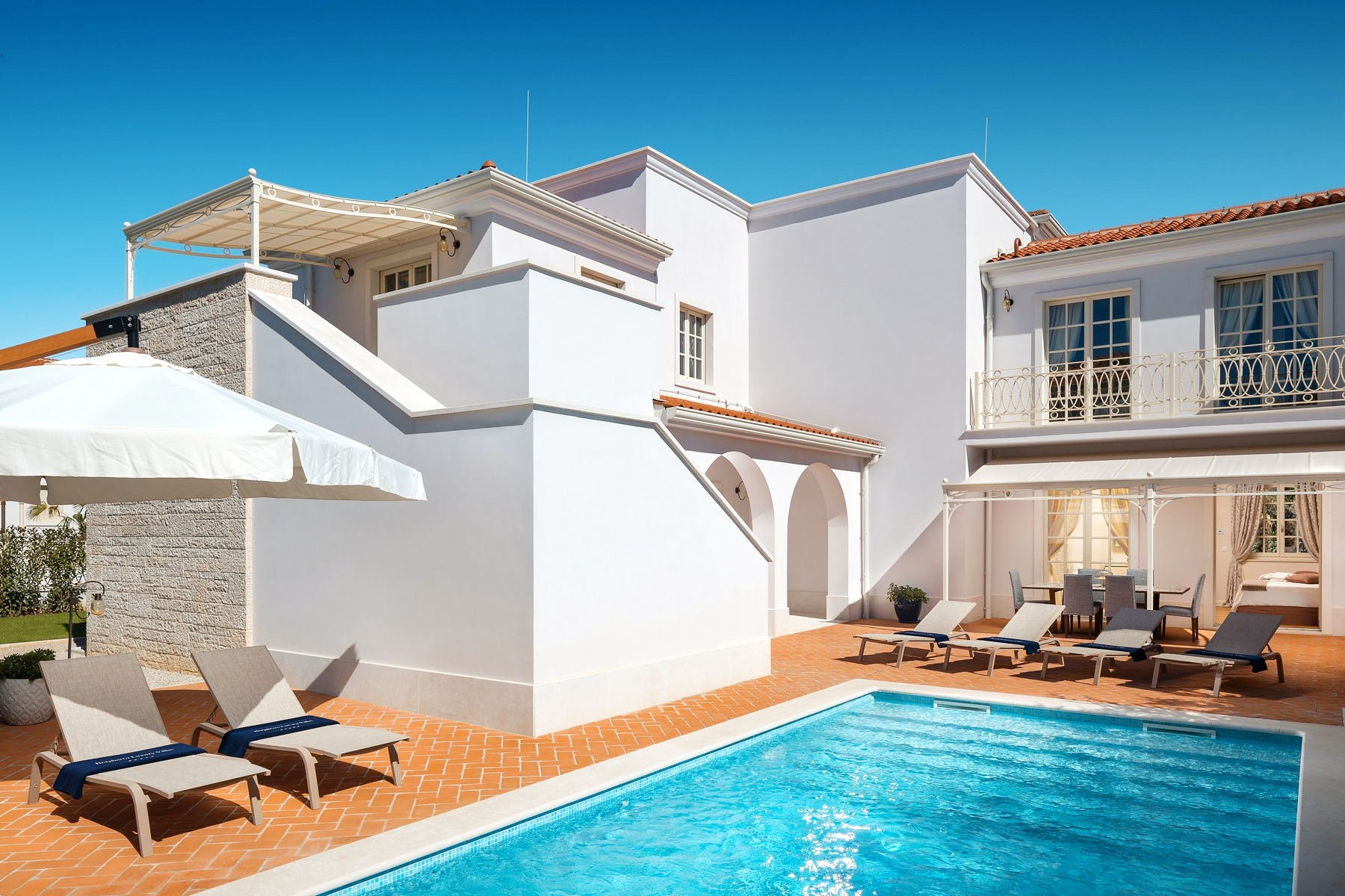 Villa for rent with swimming pool