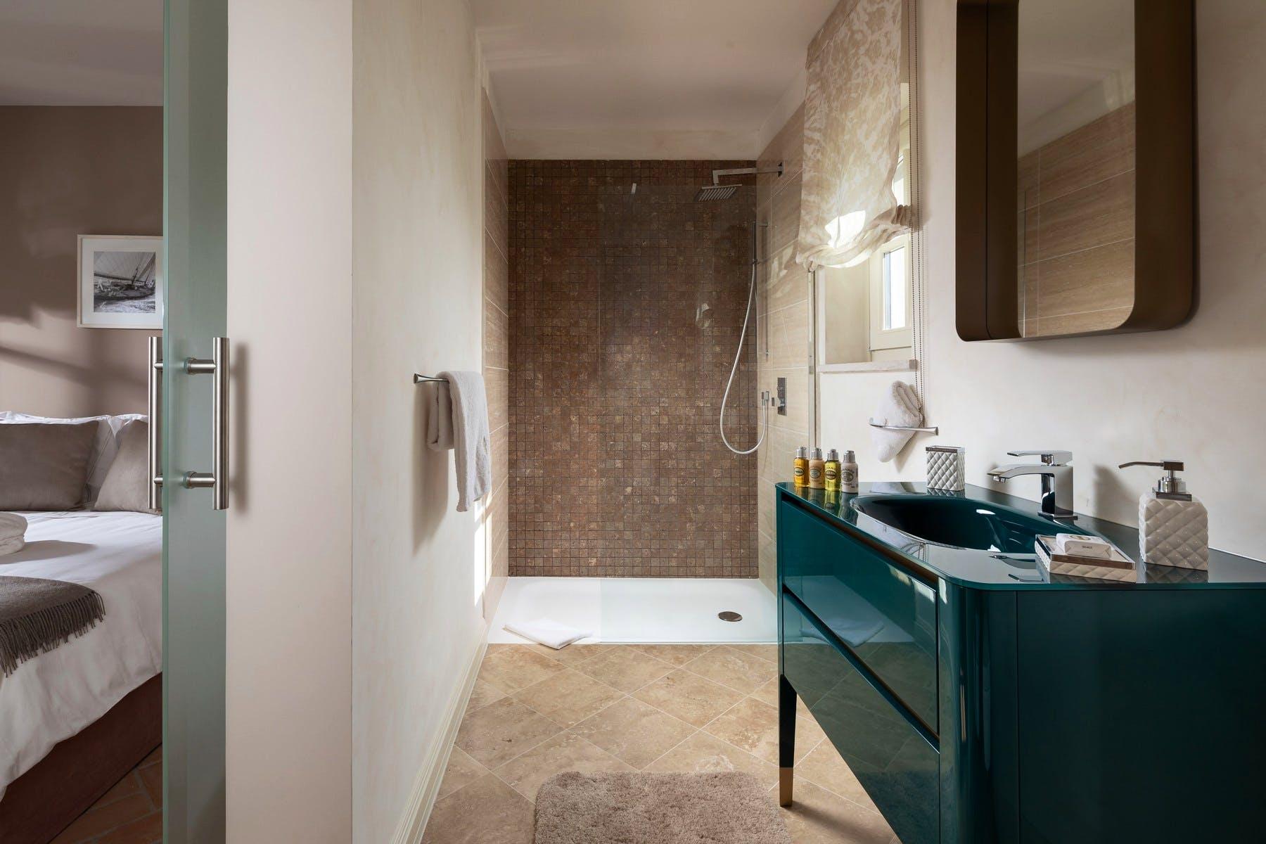 Luxurious bathroom area