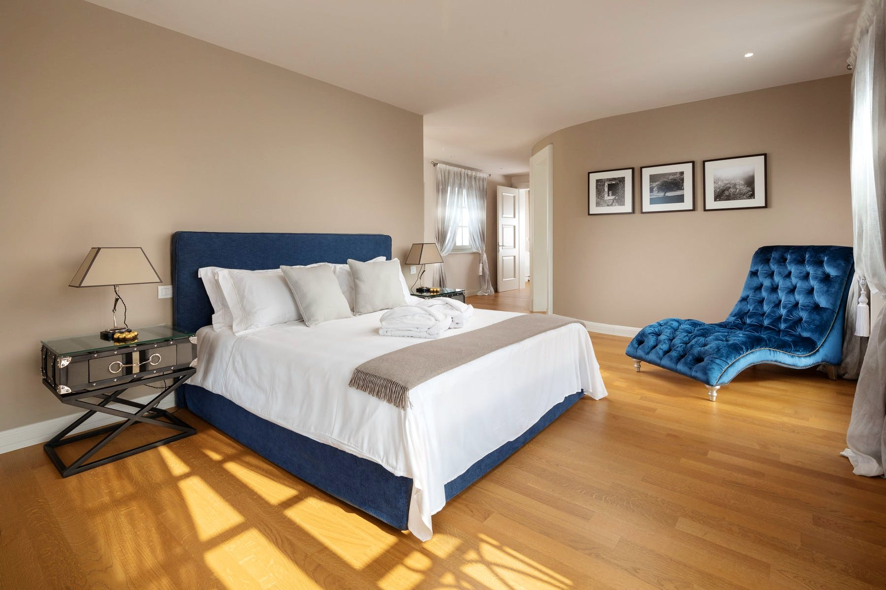 Large bedroom for two persons