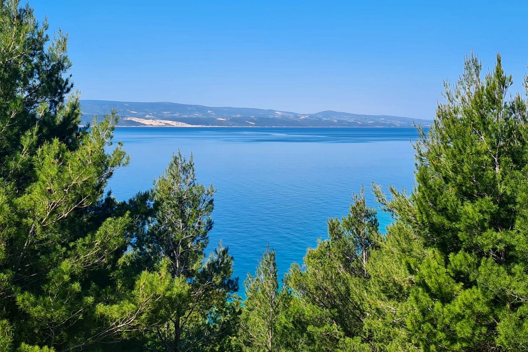 Pogled na more s parcele
