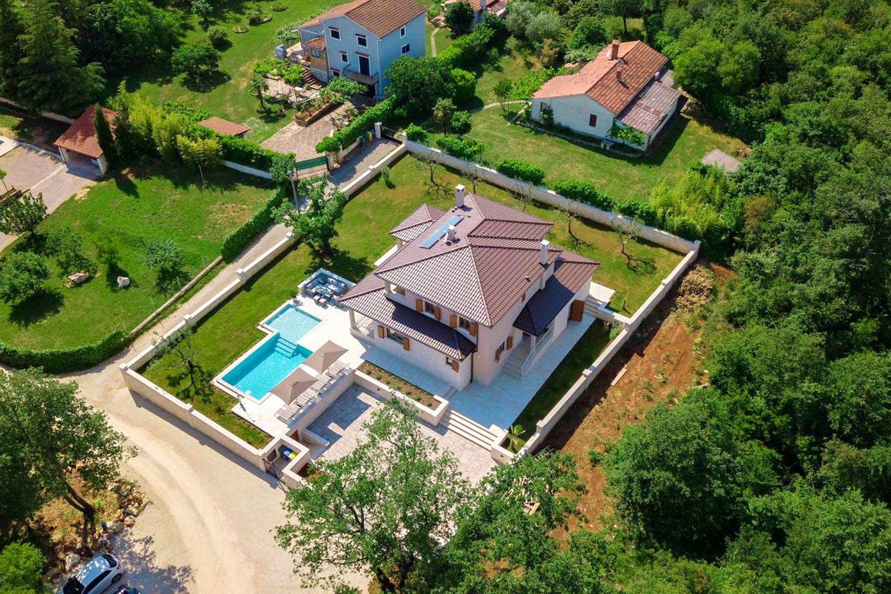Traditional Istrian villa with swimming pool and spacious garden