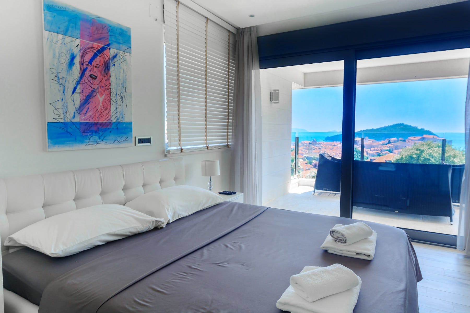 En-suite bedroom with enchanting view of Dubrovnik Old Town and the sea