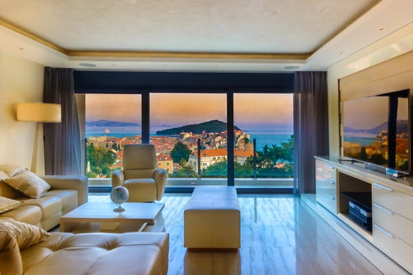 Spectacular views from the living room
